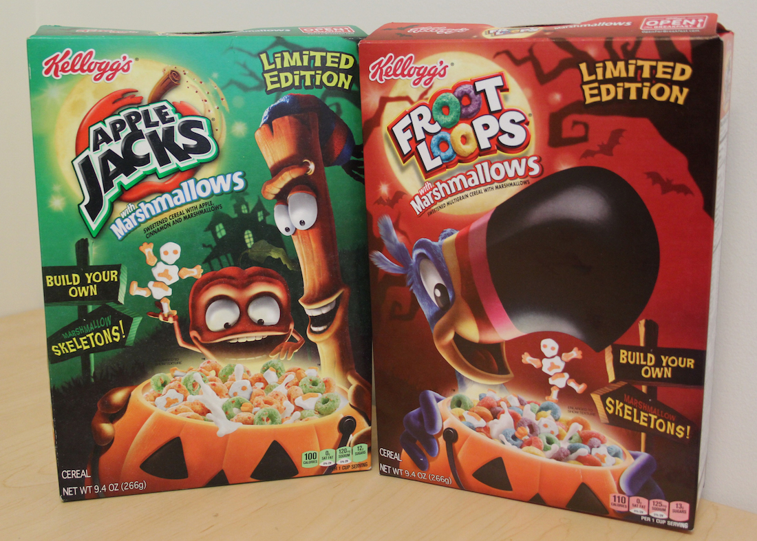 Review: Halloween Apple Jacks and Froot Loops Cereals with ...