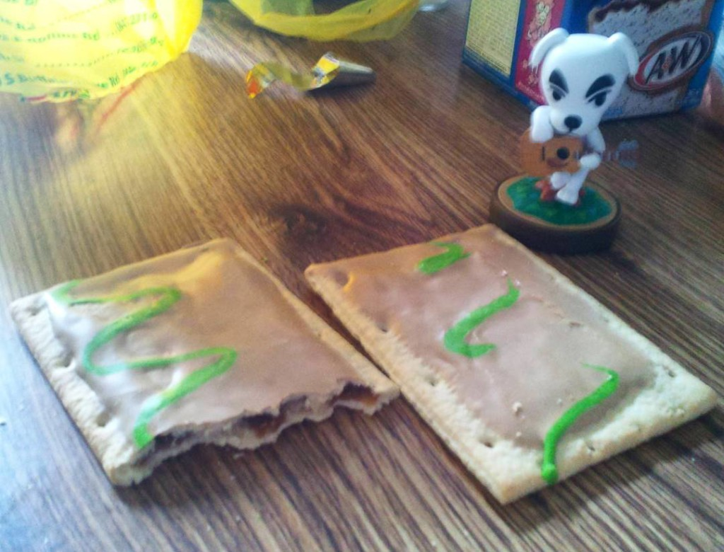 Frosted Caramel Apple Pop-Tarts