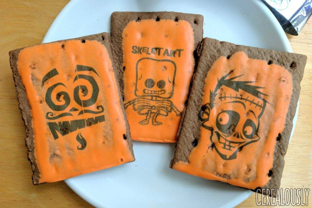Kellogg's Halloween Edition Printed Fun Chocolate Fudge Pop-Tarts Review – Plain