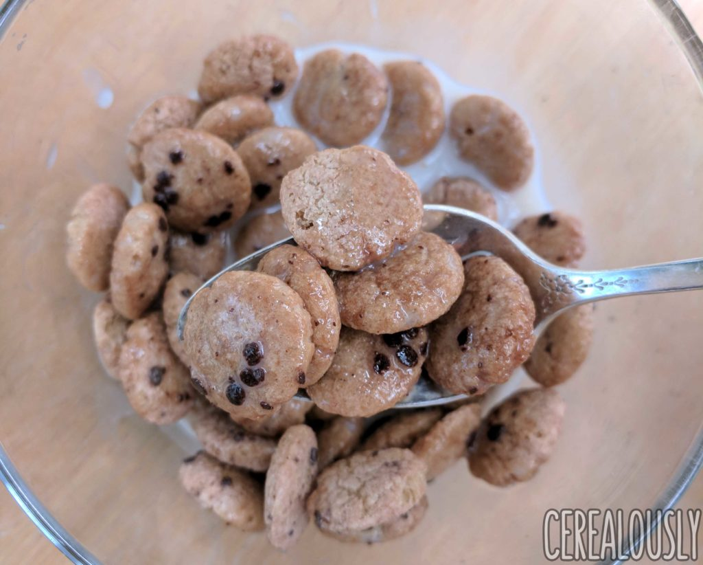 Malt-O-Meal Chocolatey Chip Cookie Bites Cereal Review – With Milk