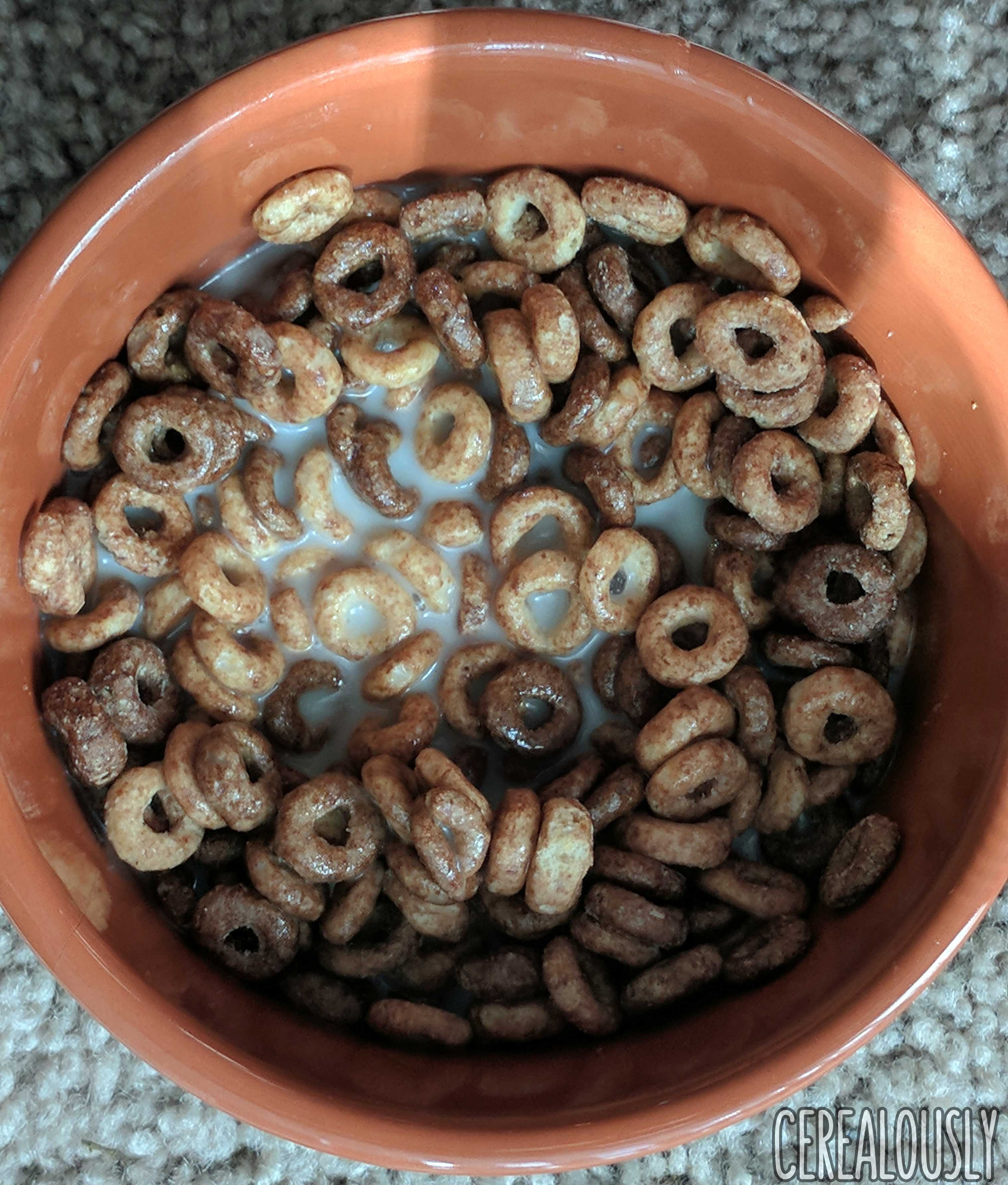Review: Chocolate Peanut Butter Cheerios Cereal From