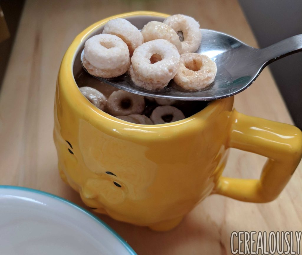 Review (x2): Hostess Honey Bun Cereal & Hostess Powdered Donettes Cereal