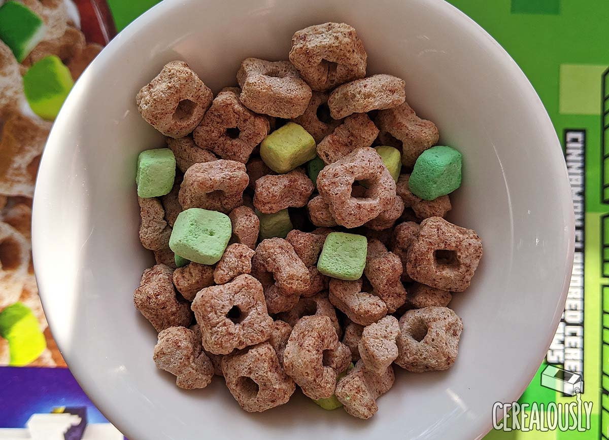 Review Minecraft Creeper Crunch Cereal